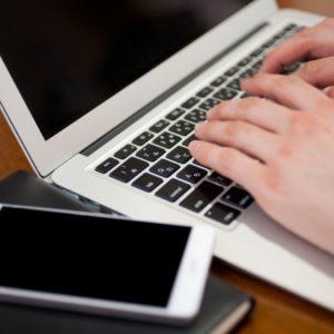 自宅待機、緊急事態宣言で注目されるオンラインカジノ